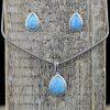 Set de cercei si pandantiv din argint, cu opal nobil  Produs
