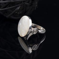 Inel din argint, cu sidef  Produs