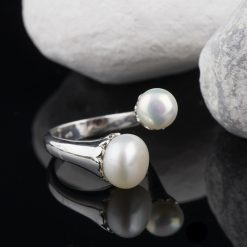 Inel din argint, cu perle, reglabil  Produs