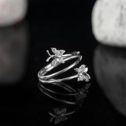 Inel din argint, cu cristale  Produs