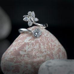 Inel reglabil din argint, cu cristale  Produs