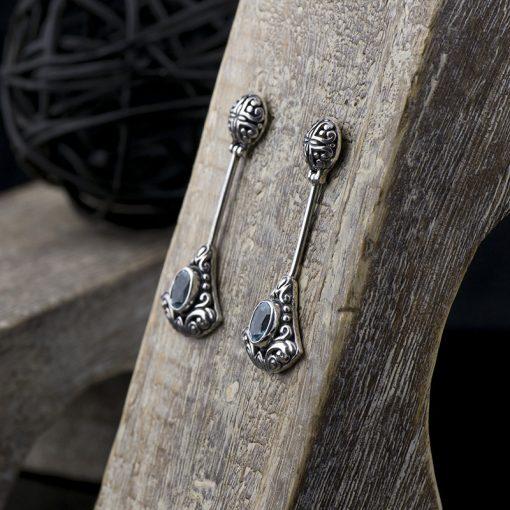 Cercei din argint cu topaz