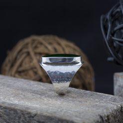 Inel din argint cu scoica  Produs