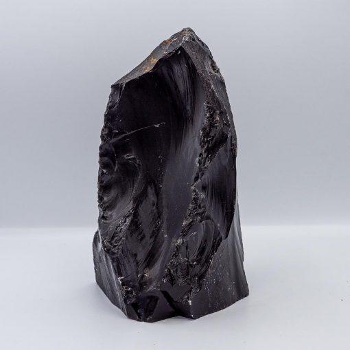 Rocă brută obsidian