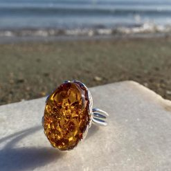 Inel din argint reglabil cu chihlimbar și piatra ovală