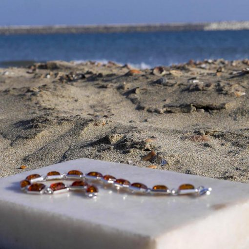 Brațară din argint cu 14 pietre dreptunghiulare de chihlimbar