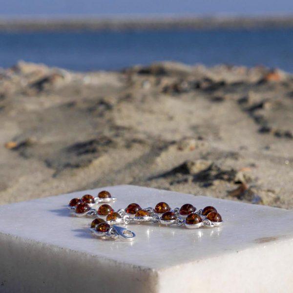 Brațară din argint cu 16 pietre rotunde de chihlimbar